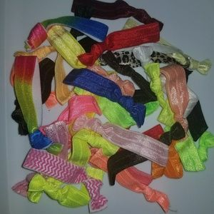 Lot of 30 + elastic hair ties